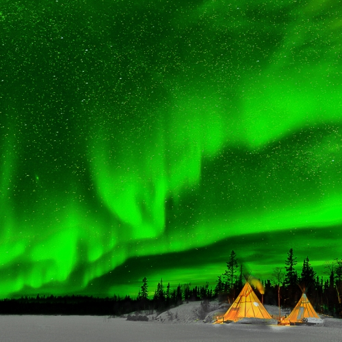1st Merit - Northwest Territory - Yung Niem - Northern Lights In Yellowknife