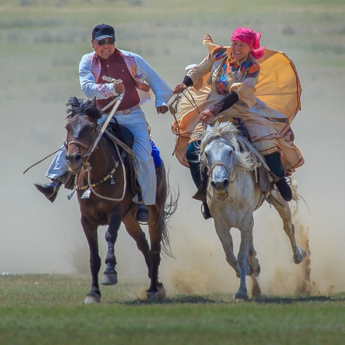 Bronze Medal - Katherine Wong - Courtship Race In Mongolia