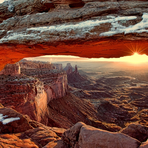 GOLD RHCC Yung Niem - Mesa Arch At Sunrise